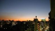 12/4の夕焼け。 12/5の夕焼け。 ●5分程違いがあるもののほぼ同時刻。 昨日の方が雲もなくしかも赤が強くてきれいですね〜。 ●週末引き蘢りっぱなしです。 ネットで石原慎太郎氏の動画を流しながらの作業をしております。 […]