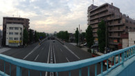 ●早朝ウォーキング。 ●歩道橋を2パターンで撮影。 同じ場所でも撮り方で違うな〜 ●早朝歩いた以外は仕事でこもりっきりの1日でした…
