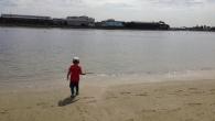 ●今朝のウォーキングは シャッターが開きそうな西馬込駅で折り返し。 ●午後から嫁の友人が来るとのことで色々と準備が大変なので 上の坊やを連れて大森のふるさと浜辺公園へ。 人工の砂浜で遊泳禁止ですが砂で遊べます。 やたらと […]