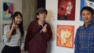 ●本日も15時までギャラリーに在廊しておりました。 今日は吉本新喜劇の谷川友梨さんが来てくれました! 以前ツイッターで見つけてくれてフォローしていただき、 なんと谷川さんが高校生の時から 自分が描いた年賀状イラストを使っ […]