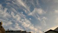 ●今朝の空に龍みたいな雲が! ●蒲田の京風おでん屋で近場で仕事後のJ氏と呑み。 おでんだし割焼酎おいしかった! ●レバーの漬けもおいしかった!
